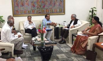 Photo of सहकारी नेताओं की नीति आयोग चीफ के साथ हुई लंबी चर्चा