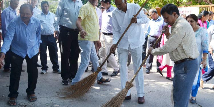Photo of एनसीयूआई ने स्वच्छता दिवस मनाया