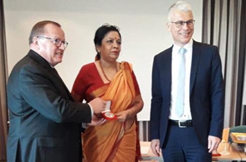 Photo of नंदनी आईआरयू, जर्मनी की बोर्ड में शामिल