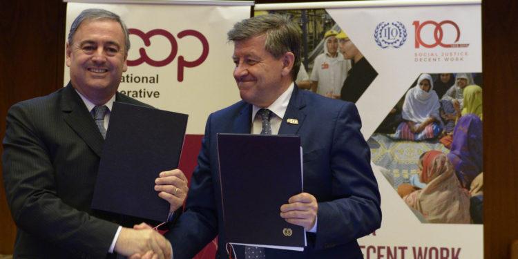 Photo of आईएलओ और आईसीए ने एमओयू पर किया हस्ताक्षर