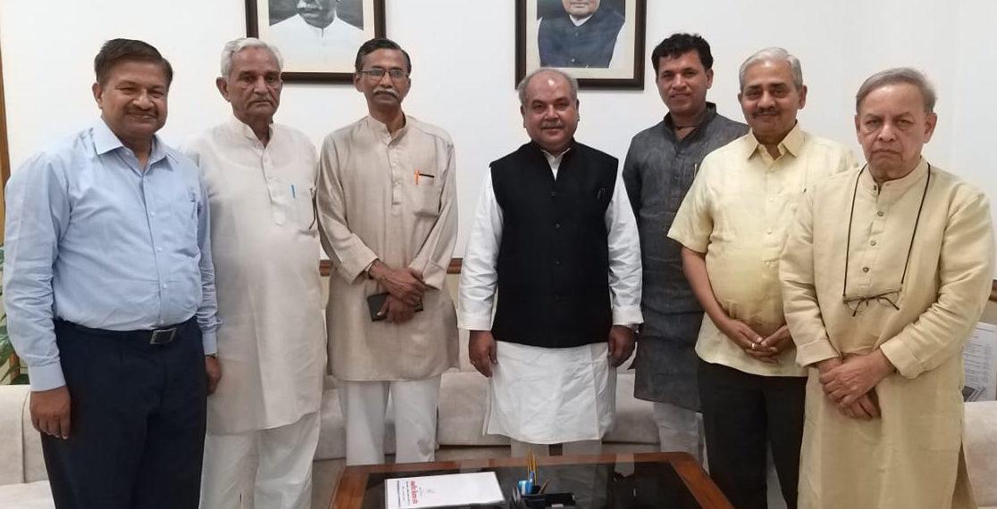 Photo of तोमर ने की सहकार भारती के प्रतिनिधियों से मुलाकात
