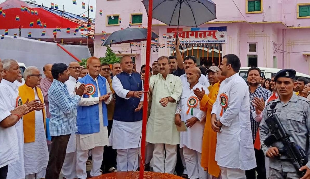Photo of शाही ने सुनील को ललकारा; दो मंत्रियों ने लिया सेमिनार में भाग
