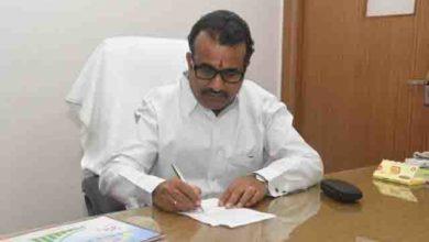 Photo of महाराष्ट्र मंत्री की वेतन में कटौती न करने की अपील