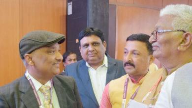 Photo of सुनील और उनकी पत्नी ने दिया निजी दान; किया सबसे दान देने का आग्रह
